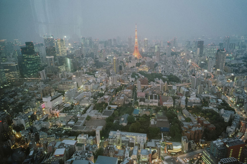 Tokyo Skytree, Tomasz Wagner, Tokyo Architecture, Contax G2, Japan 35mm Film Photography