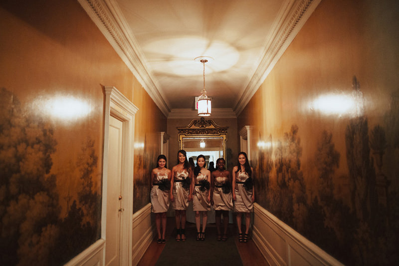 creative bridal party photos