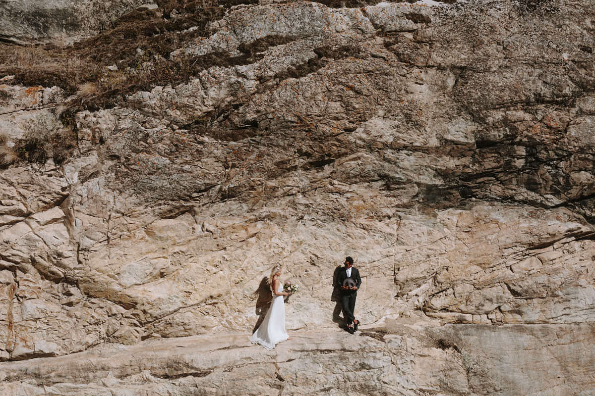 desert adventure elopement photos