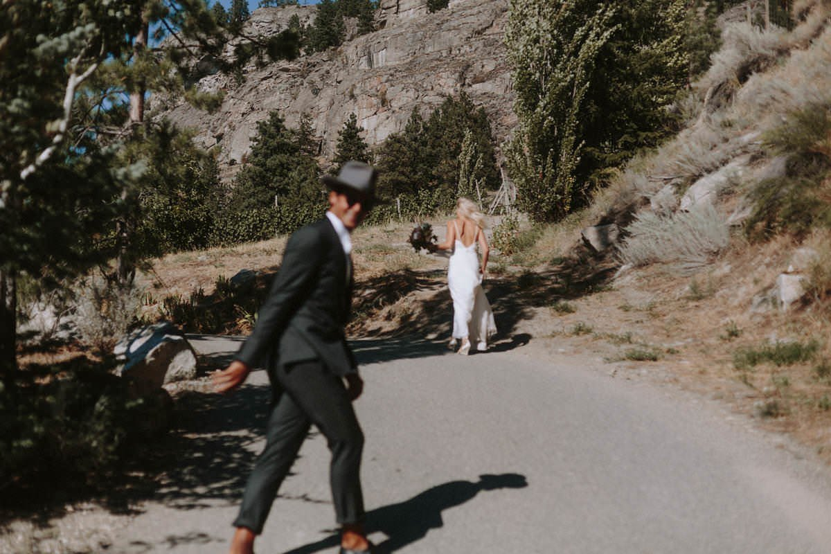 nevada desert adventure elopement photos