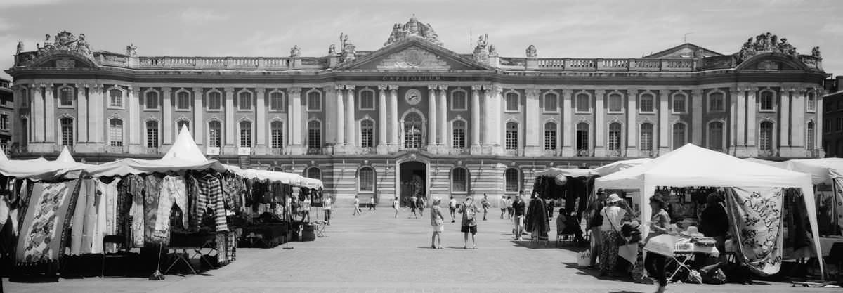 Parisian Buildings france street photography on hasselbald xpan 45mm on kodak trix 400