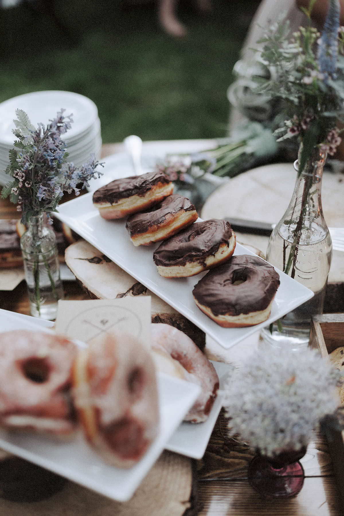 cartems donuts squamish wedding