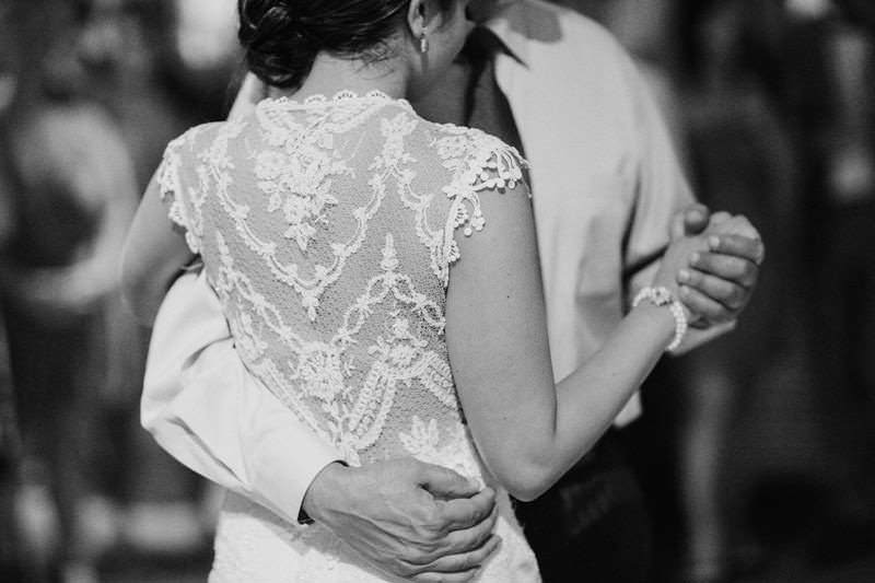 claire pettibone chantilly real wedding