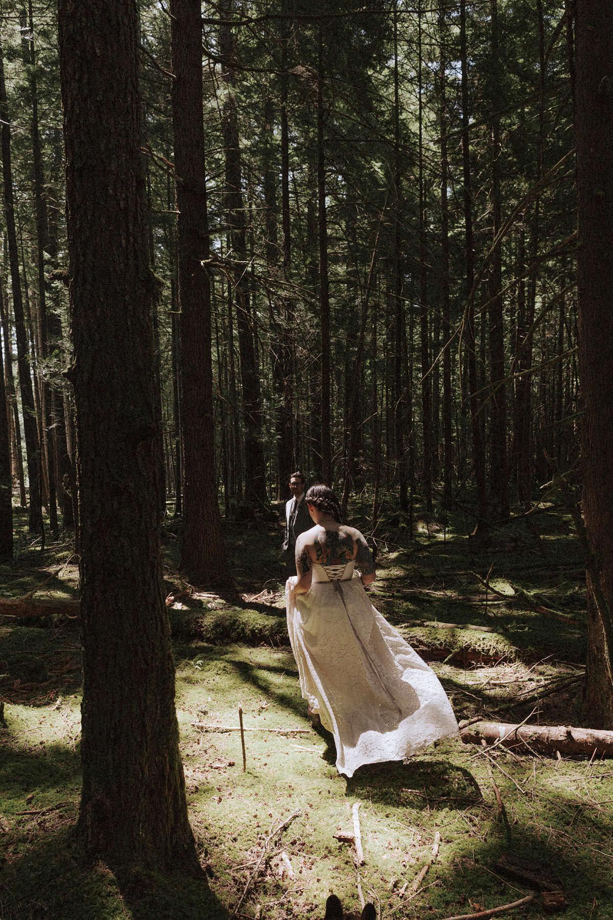 pnw forest elopement squamish