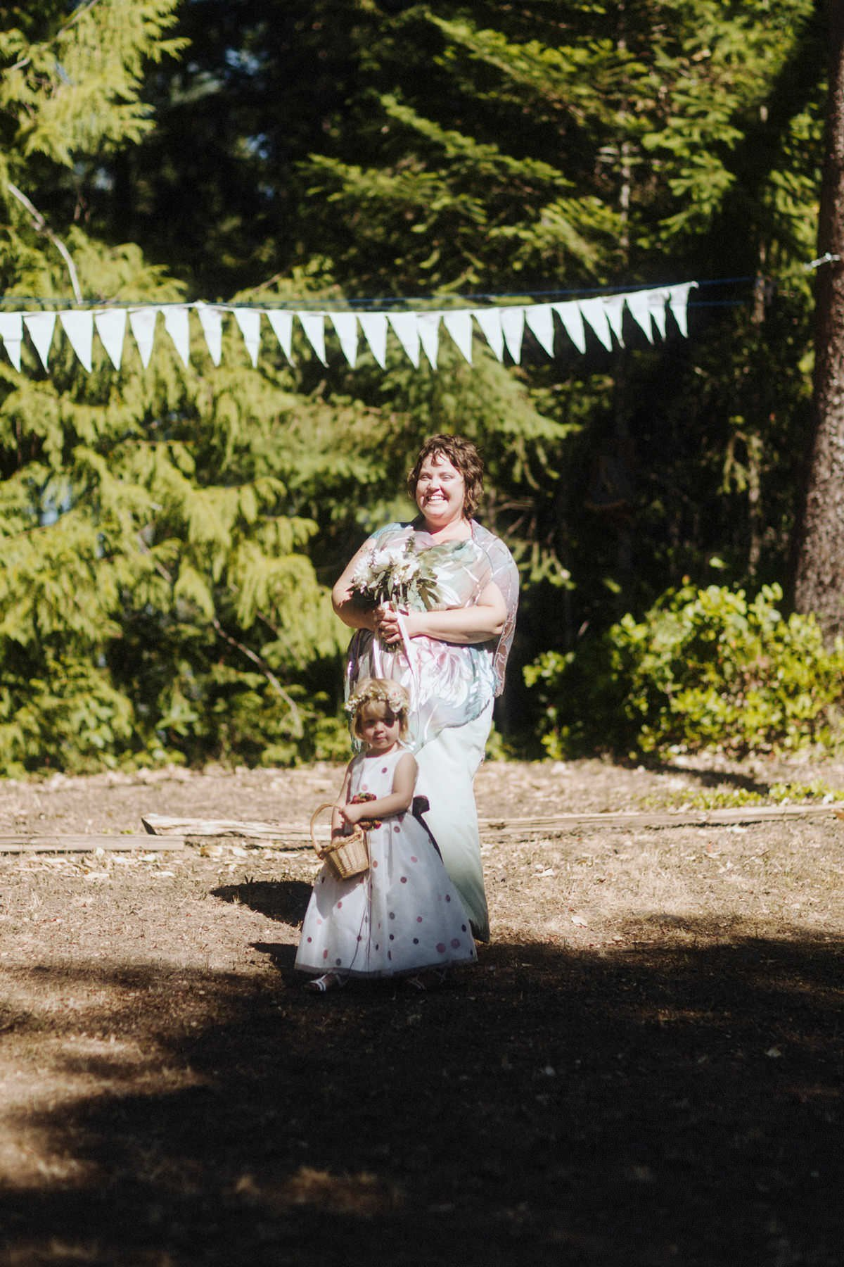 intimate backyard weddings gulf islands