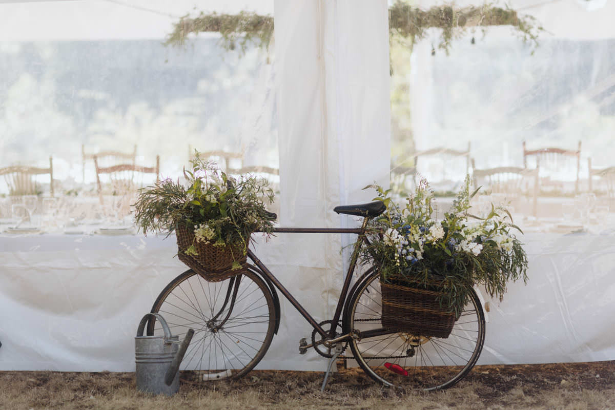 french inspired gulf islands wedding