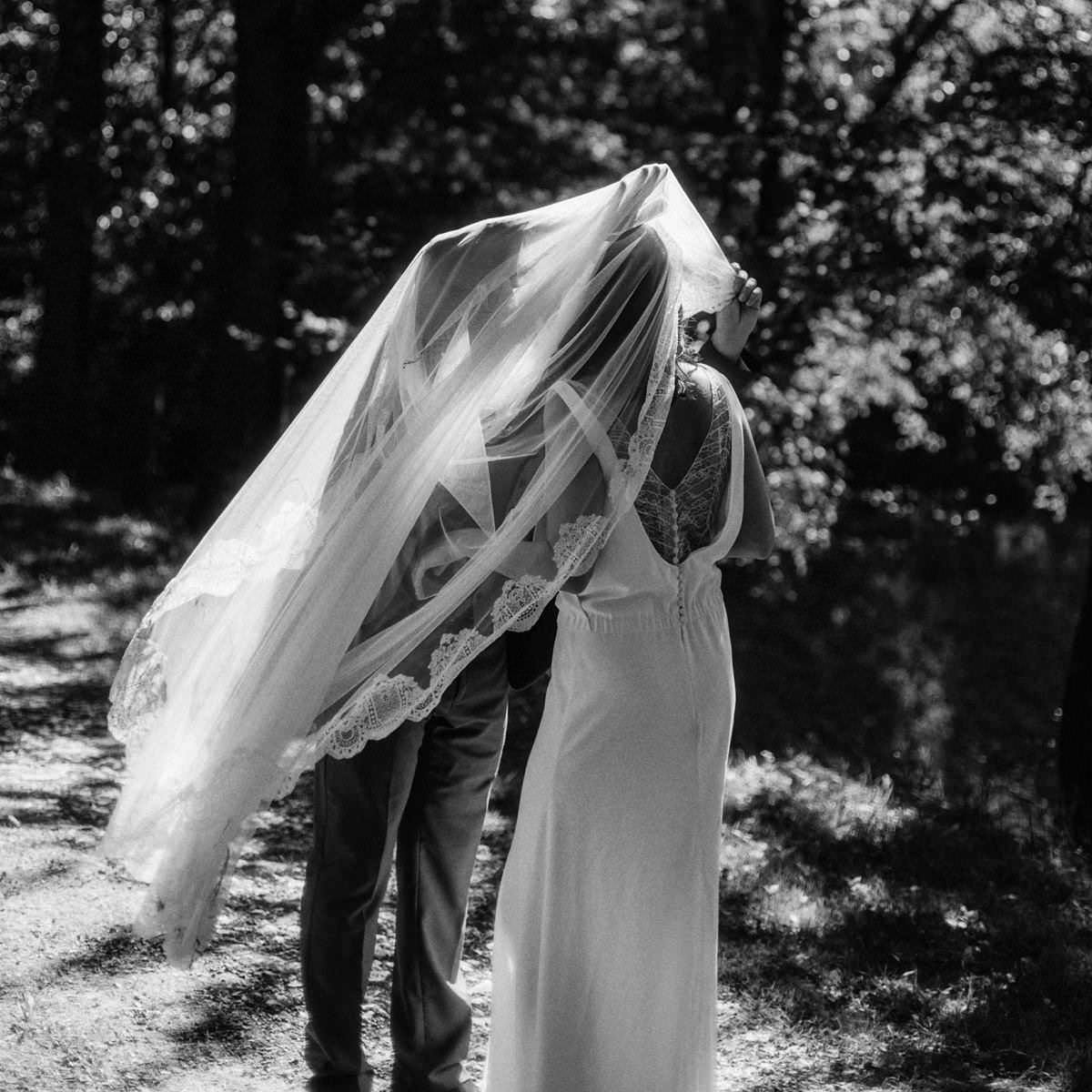 destination wedding photographer in southern france