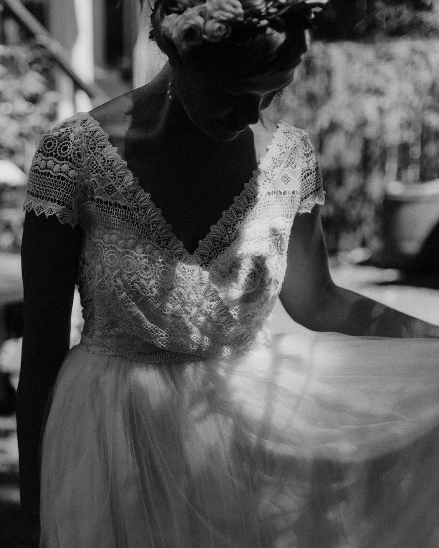 unique bridal portraits at kelowna wedding