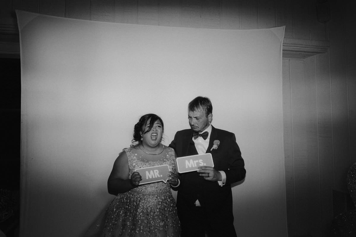 best funny wedding candids