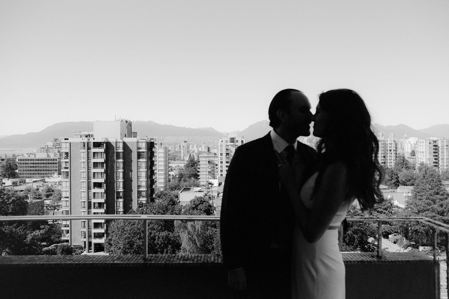 vancouver rooftop wedding