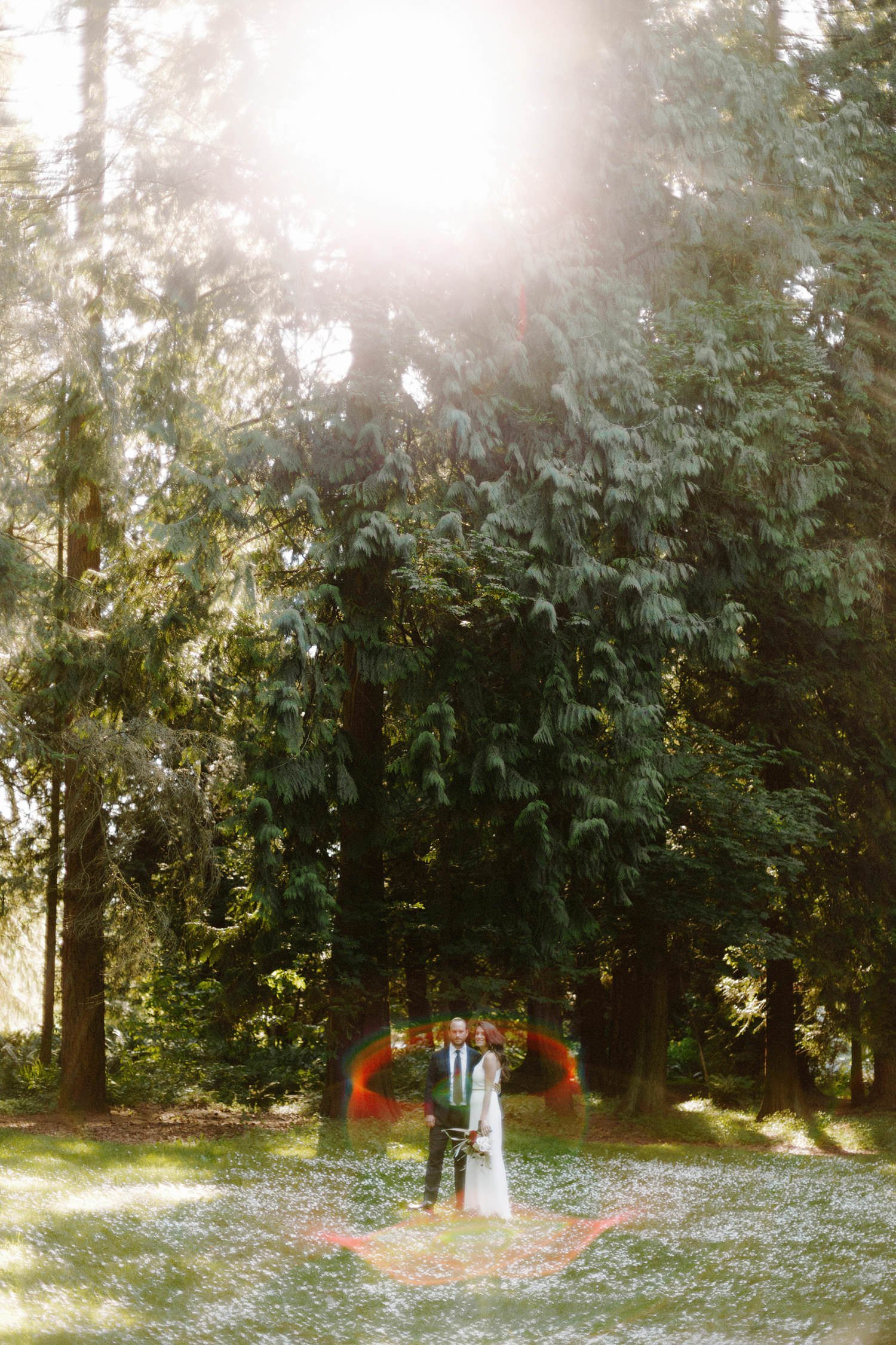 outdoor wedding portraits at qe park vancouver