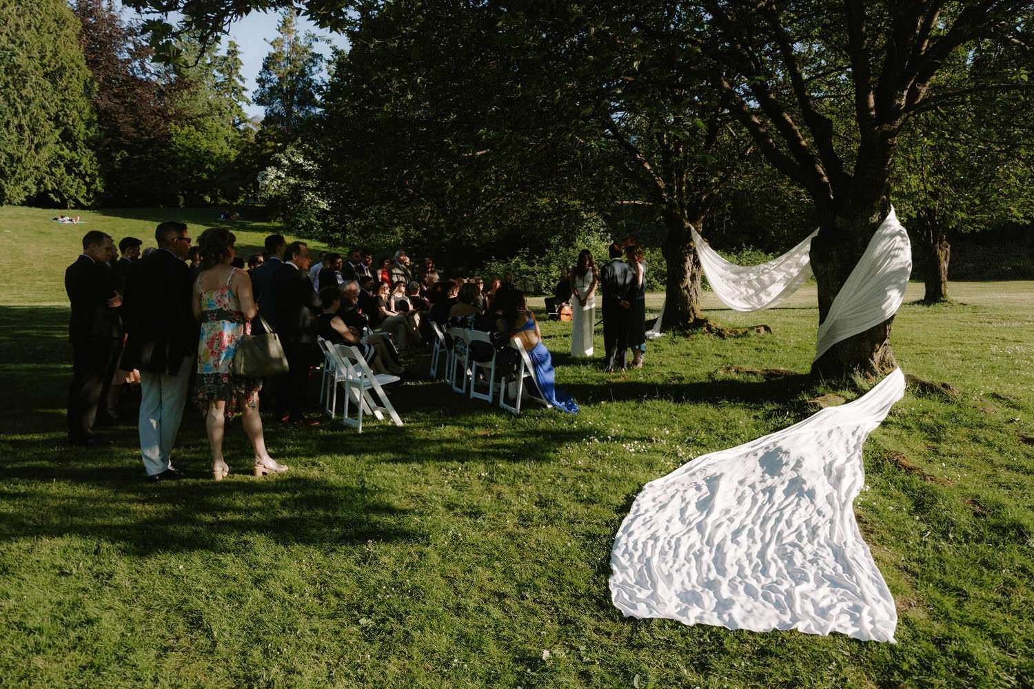 simple decor ideas for outdoor wedding ceremony in vancouver park
