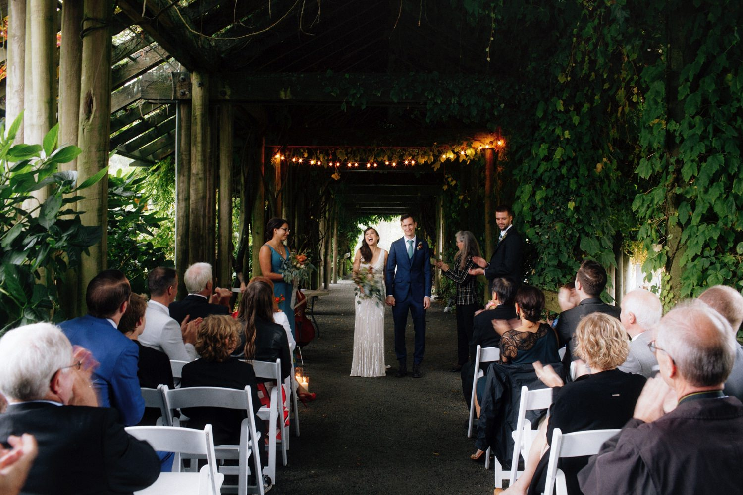 ubc botanical garden unplugged wedding ceremony without cellphones